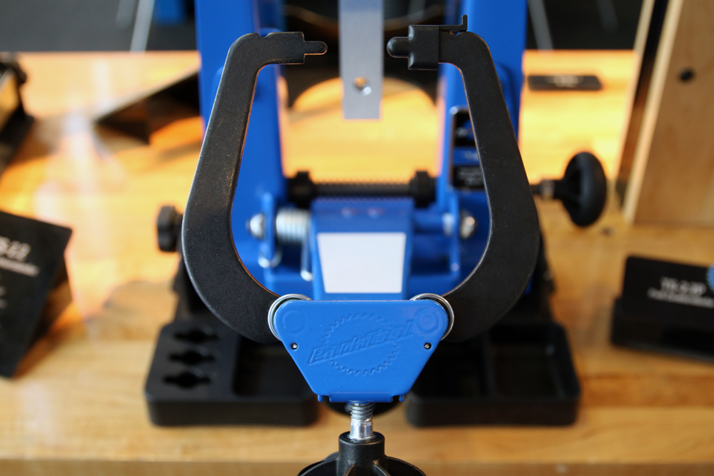 Park-Tool-New-Tools-internal-cable-routing-magnet-blue-trueing-stand-3