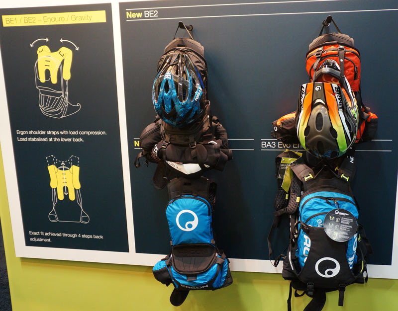 ergon-BE1-BE2-enduro-hydration-backpacks01