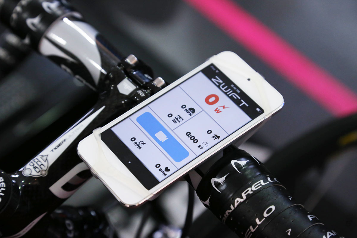 Zwift-Indoor-Cycling-Game-Iphone-IOS-App