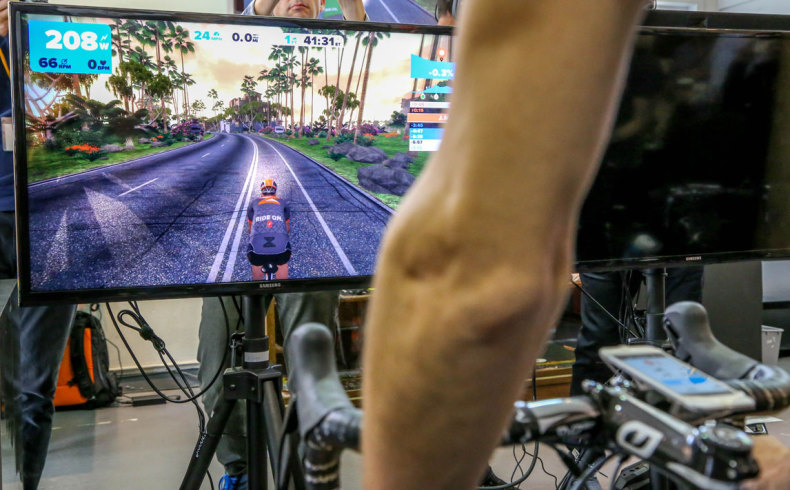 Zwift-Indoor-Online-Cycling-Game-1