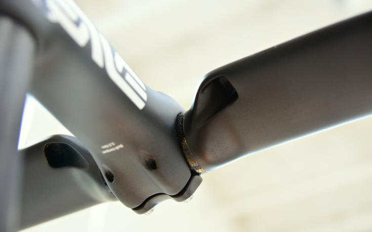 Enve-SES-Aero-Road-Handlebar-Full-Exit-Port-For-Internal-Routing