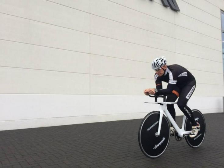 alex dowsett hour bike 4