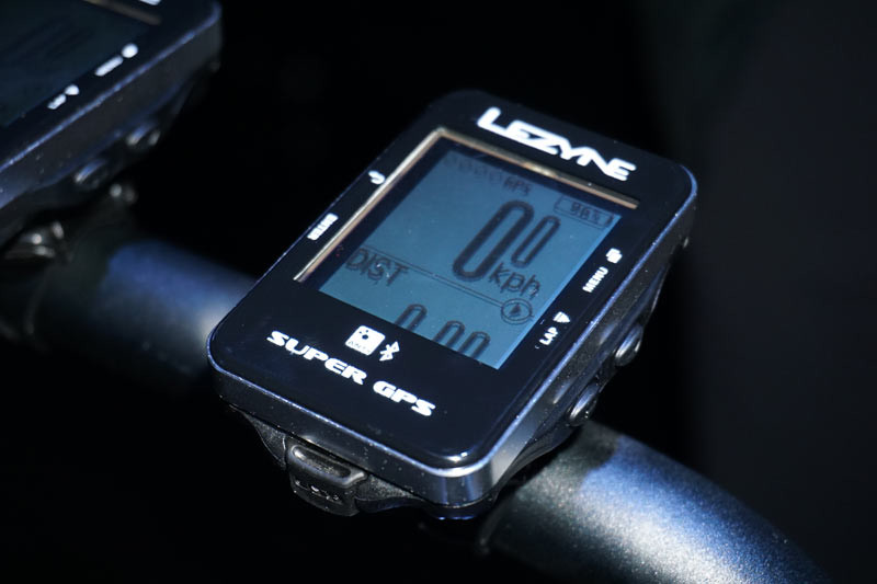 Lezyne-GPS-Super-cycling-computer-specs01