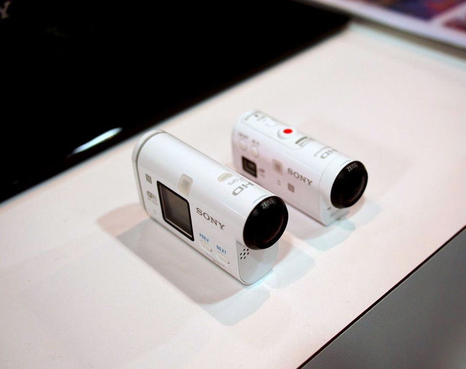 Both-Sony-cameras-front-view