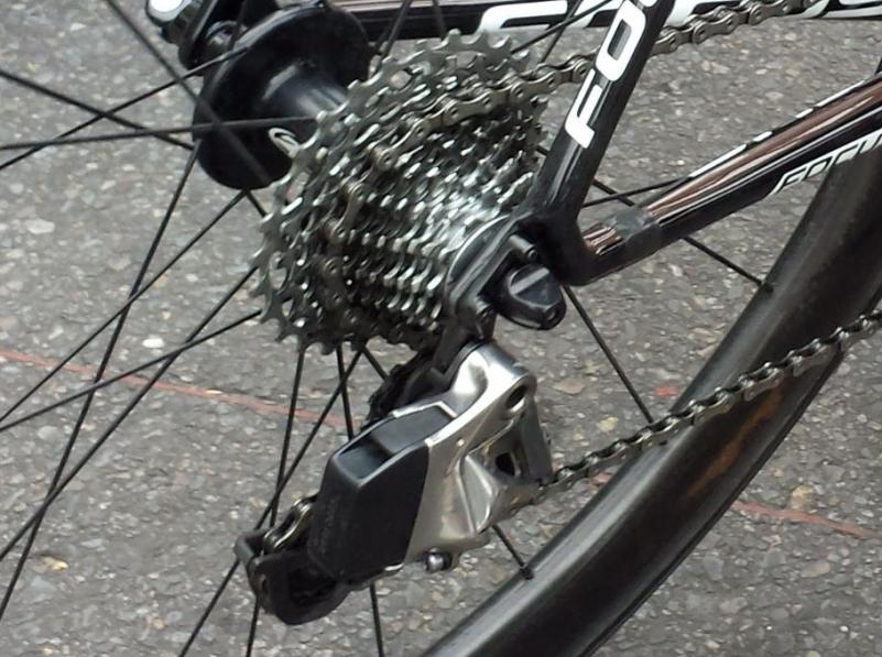 SRAM-Red-Wireless-electronic-road-shifting-group-closeup-2015-2