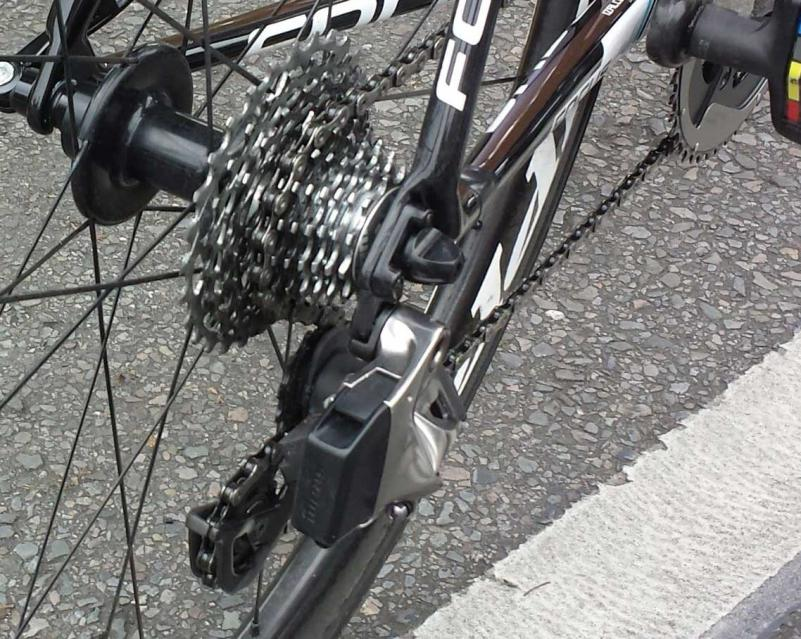 SRAM-Red-Wireless-electronic-road-shifting-group-closeup-2015-6