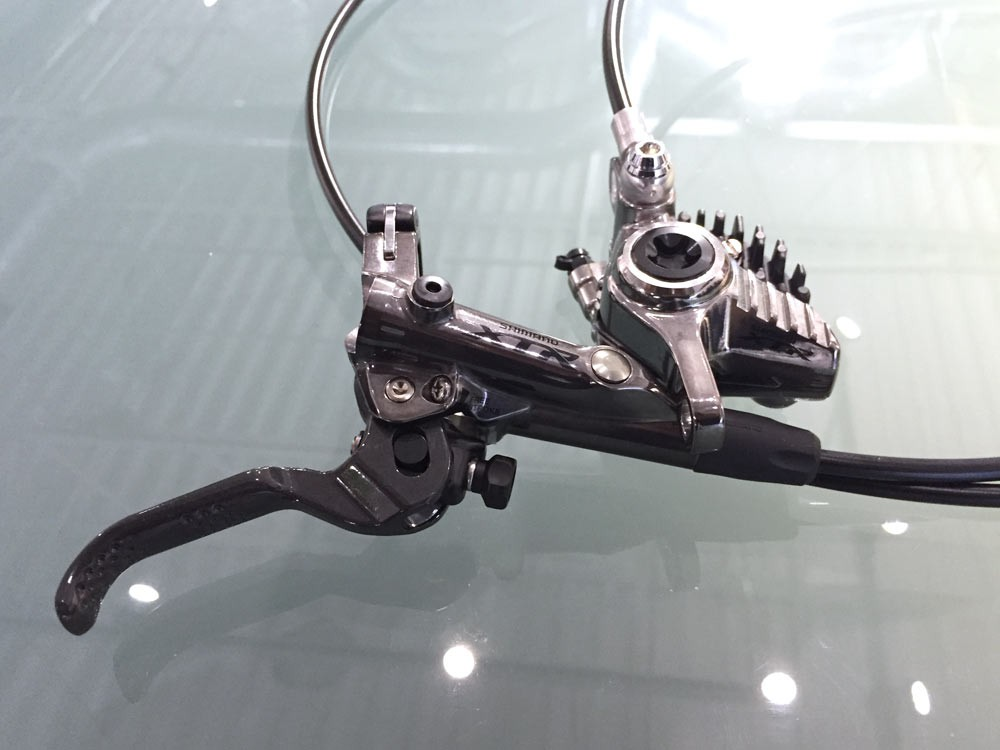Shimano-XTR-M9000-mechanical-actual-weights-trail-brakes03