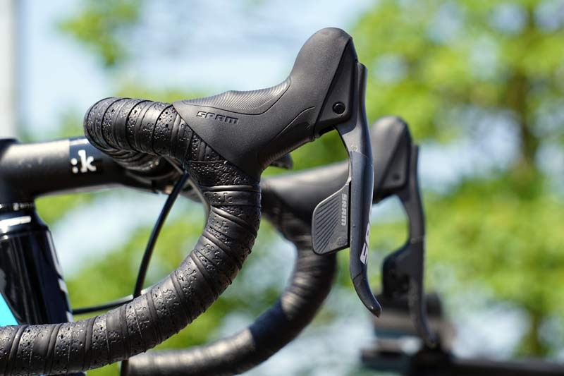 TDF2015-Ag2R-Focus-SRAM-RED-electronic-shifter-01